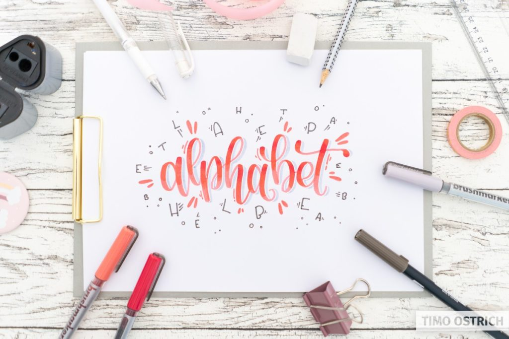 Decorated bounce lettering